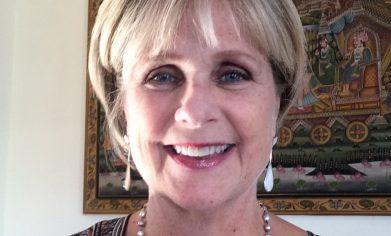 Portrait image of Lori Banaszak